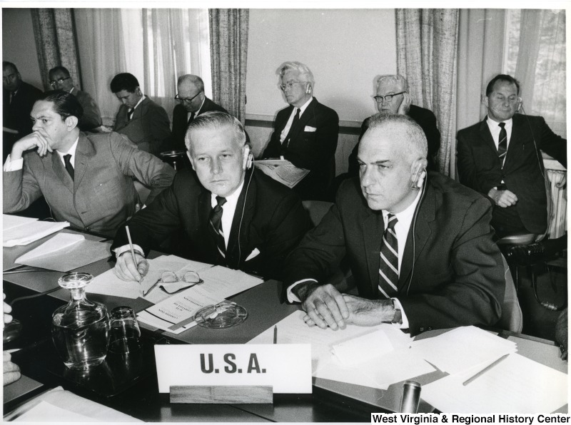 Congressman Arch Moore, Jr. with another U.S. representative during a meeting.