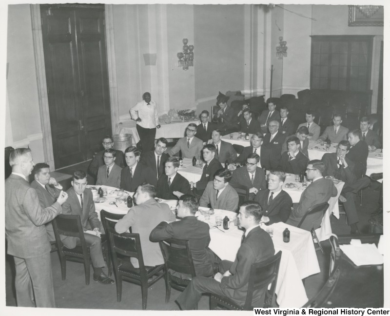 Congressman Arch A. Moore, Jr. addressing the Finance Club of the University of Notre Dame, College of Business Administration, in the old Armed Services Hearing Room, 313 Cannon House Office Building.