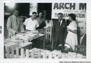 Congressman Arch A. Moore, Jr. bringing his office to the Mannington Fair.