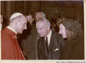 Congressman Arch Moore, Jr. and his wife Shelley talking to Pope Paul VI.